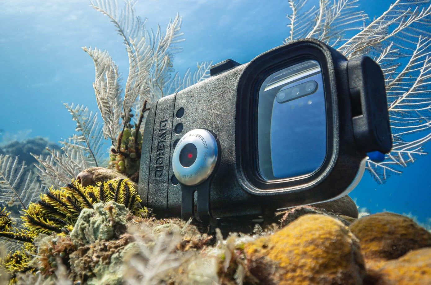 潛水防水殼